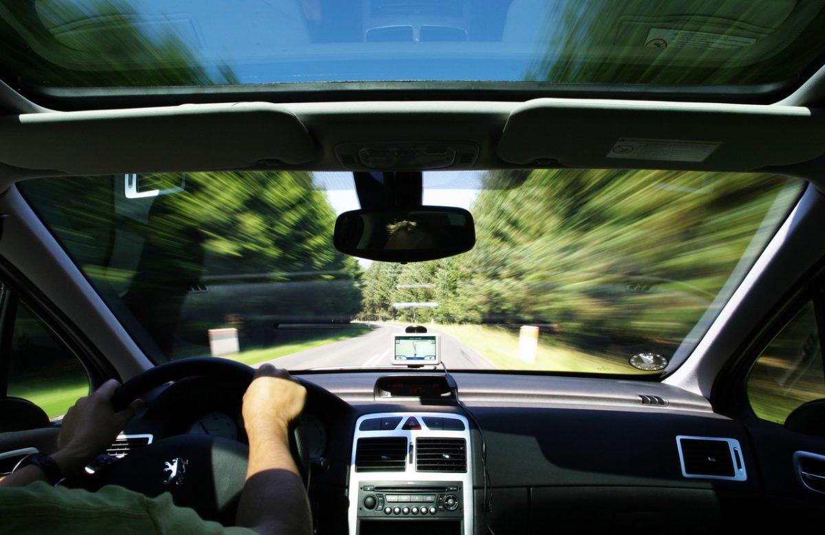 Jak wybrać dobre radio samochodowe?